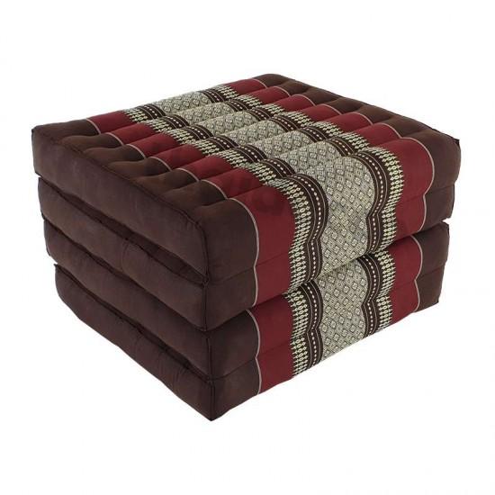 Brun och röd madrass och golvbädd i vikbar blockmodell med måtten 190 x 55 x 10 centimeter