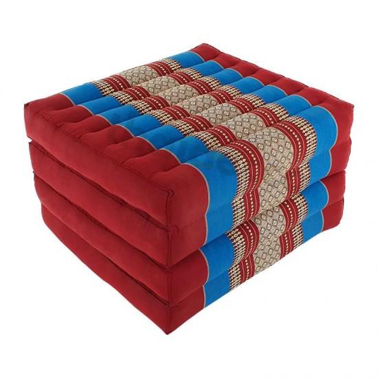 Röd och blå madrass och golvbädd i vikbar blockmodell med måtten 190 x 55 x 10 centimeter