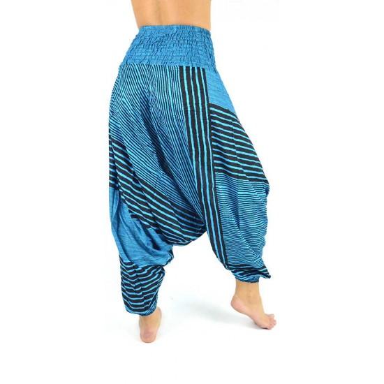 Snygg haremsbyxa för både kvinna och man med design-ränder i färg blå