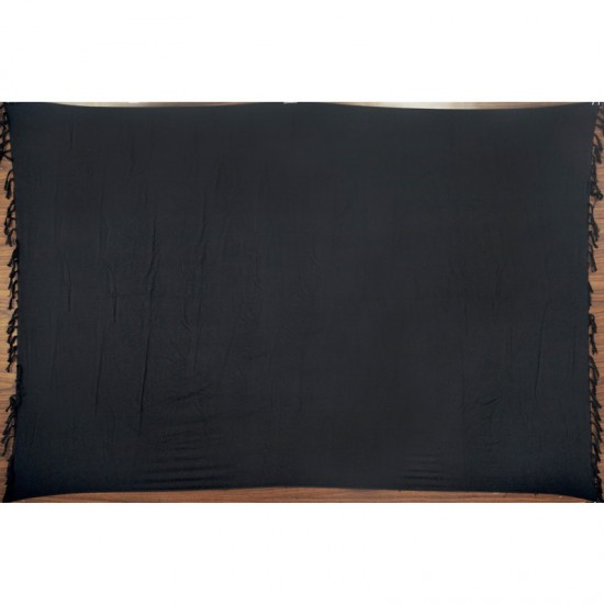 Black sarong in plain color