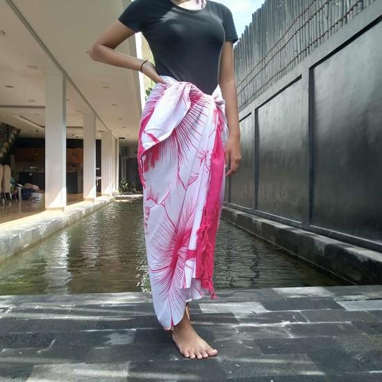 Sarong - Big Hibiscus - Pink & White