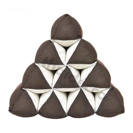 Thailändsk pyramidkudde utan liggdel i färgerna brun och röd
