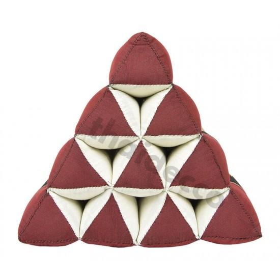 Thailändsk pyramidkudde utan liggdel i färgerna röd och svart